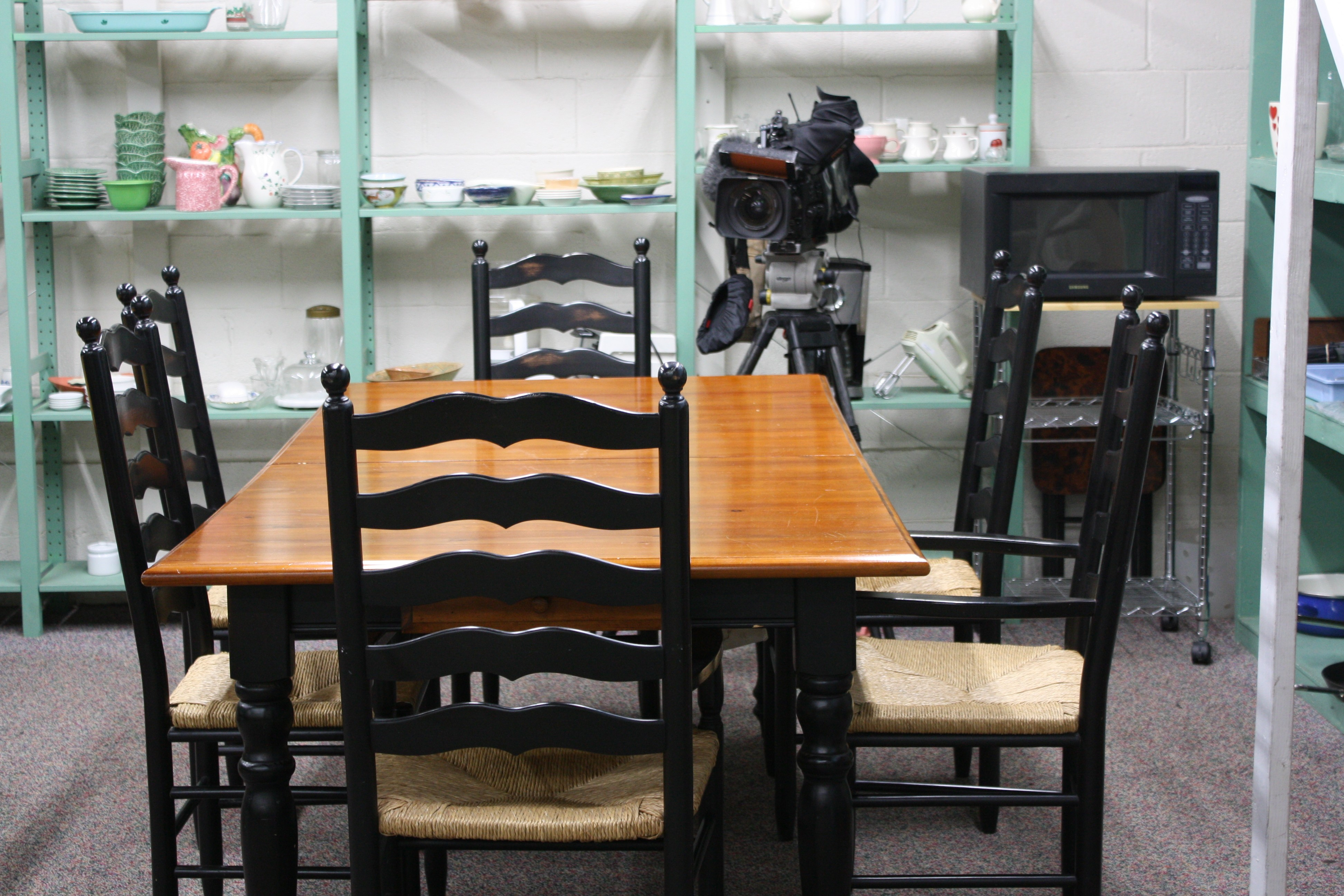 Donate Dining Room Set Before You Decide To Donate Give Us A Call You May Have A Diamond In The